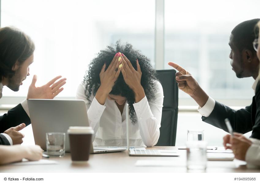 10 regeln so fhren sie ein erfolgreiches kritikgesprch - Kritikgesprach Beispiel